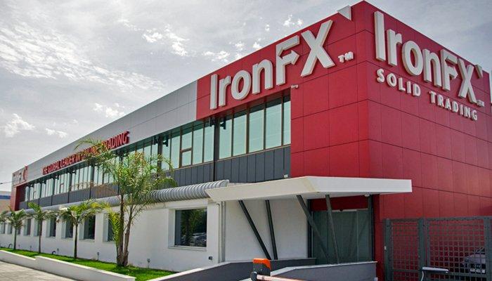 IronFX denuncia